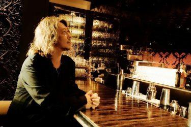 「上に歌舞いて、下に尖って」西田大輔にディスグーニーのレストランバーについて聞いてみた