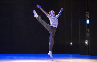 「ロイヤル・バレエで踊りたい」少年のひたむきな夢を描いた『ビリー・エリオット』をスクリーンで!