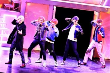 "MANKAI STAGE『A3!』~AUTUMN 2020~開幕!男らしさと不器用な愛情いっぱいの""秋組""らしさ"