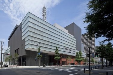 KAAT神奈川芸術劇場、9月以降を「10周年プログラム」として中止公演も再生