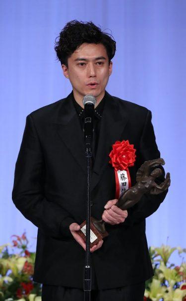 最優秀演出家賞の藤田俊太郎「劇場に光はある」第28回読売演劇大賞贈賞式レポート<2>
