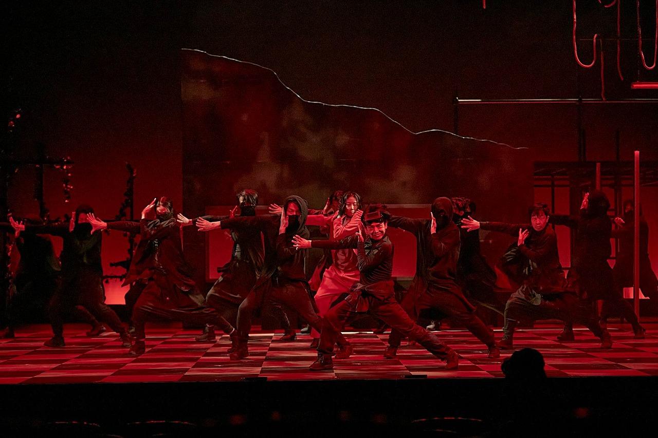 ダンスカンパニーDAZZLE新作公演『NORA』開幕!観客に委ねられるマルチストーリー