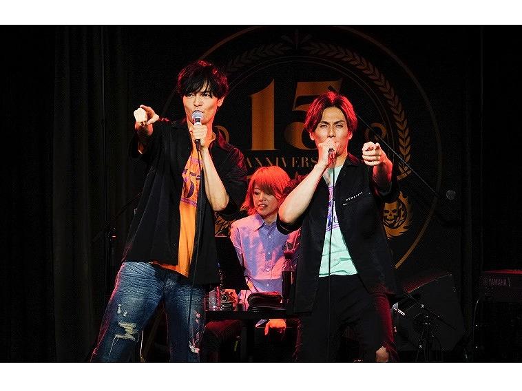"""アーティストデビュー15周年を迎えた加藤和樹が、盟友・上口耕平と共にステージの中心で""""愛""""を歌う!『Kazuki Kato KK-station 2021~Bravo!!~』初日レポート"""