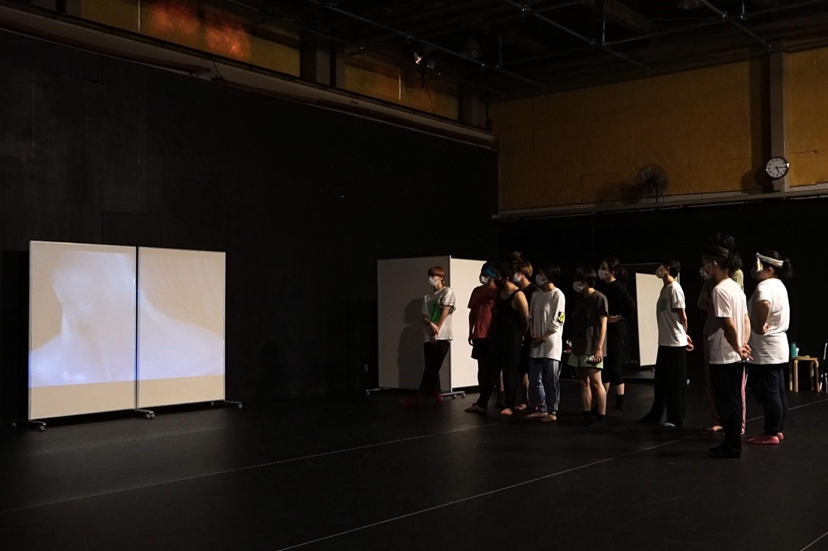 Baobab北尾亘が「AI×ダンス」で現代に問う『アンバランス』稽古場レポート