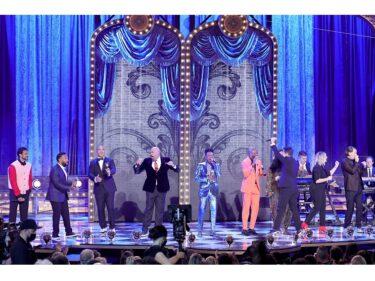 ブロードウェイ復活の狼煙!「第74回トニー賞」は『ムーラン・ルージュ』がミュージカル作品賞・主演男優賞など最多10部門を受賞