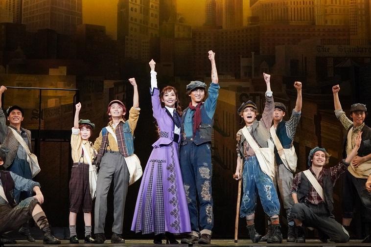 「人生最大のチャレンジ」京本大我主演ミュージカル『ニュージーズ』ついに開幕!公開ゲネプロレポート